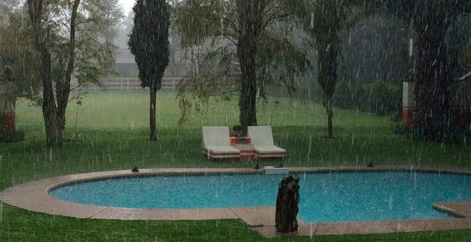 Piscina lluvia